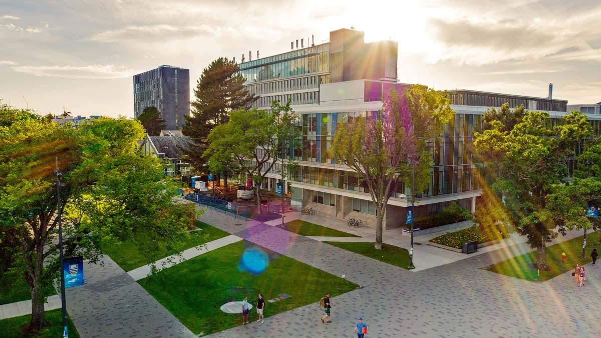 International Students   Graduate School at The University of